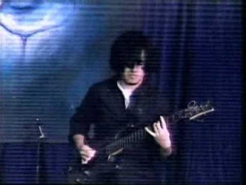 Xkizofrenia - En Toma (en vivo en Extecu) online metal music video by XKIZOFRENIA