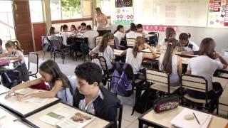 VÍDEO: Nível de conhecimento dos alunos das escolas estaduais cresce em Português e Matemática
