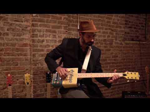 Video Bohemian Guitars Surf Wax Oil Can Guitar - download in MP3, 3GP, MP4, WEBM, AVI, FLV January 2017