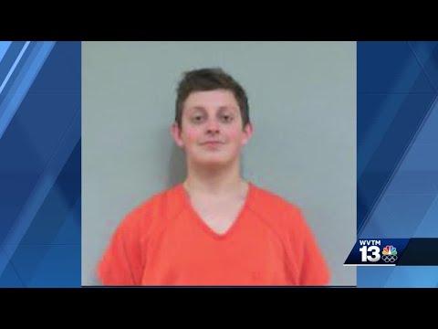 Video - Άγριο φονικό: 16χρονος έσφαξε τη μάνα και τα αδέρφια του και πήγε σχολείο