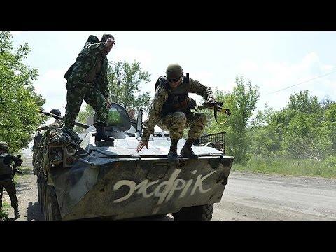 Ουκρανία: Για ενδεχόμενη εισβολή της Ρωσίας τις επόμενες ημέρες προειδοποίησε ο Ποροσένκο