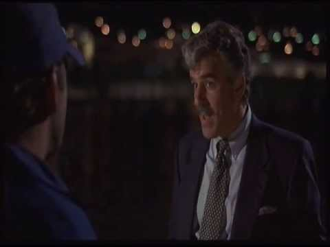 Dennis Farina Striking Distance 1993