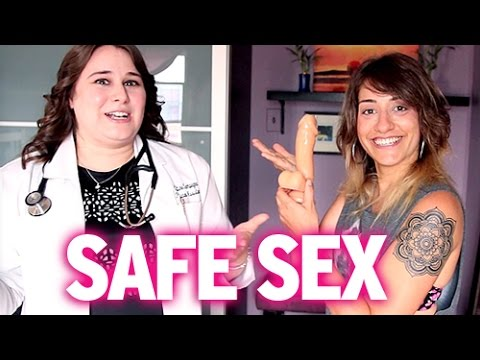 How Lesbians Have Safe Sex (Gay Gyno Explains ALL!) (видео)