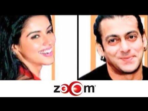 Salman turns mentor for Asin!