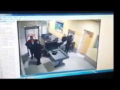 Αίγυπτος: Βίντεο του αεροπειρατή στο αεροδρόμιο της Αλεξάνδρειας
