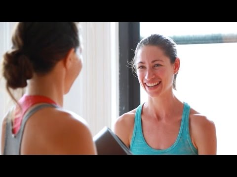 strala - http://www.cosmobody.com Each summer, Strala in NYC invites yogis from around the world to take part in an intensive week of workshops and yoga classes. The experience, led by Tara Stiles,...