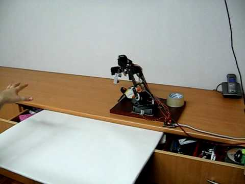 Home made motion capture controling robot arm