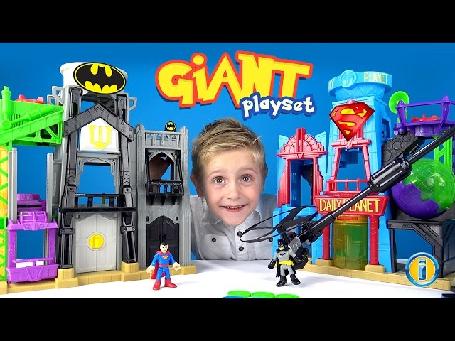 Giant-batman-imaginext-gotham-city