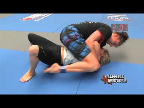 Female SUBMISSION: Jesse Miele at Grapplers Quest 2011 No Gi Women BJJ Grappling Action
