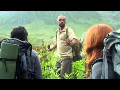 Un planeta solitario (The Loneliest Planet) - Trailer español HD