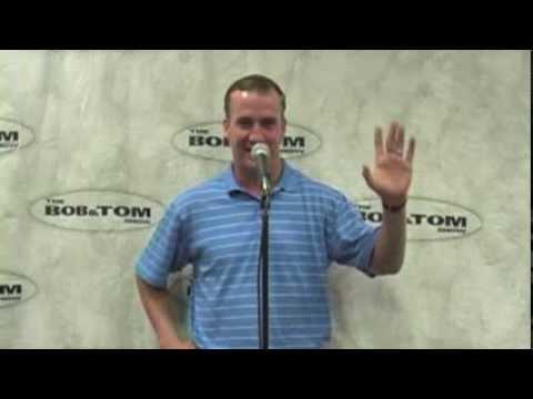 Peyton Manning Tells A Joke