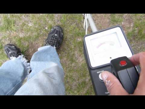 Basic Metal Detecting With a Micronta 4003 (Radio Shack) Metal Detector