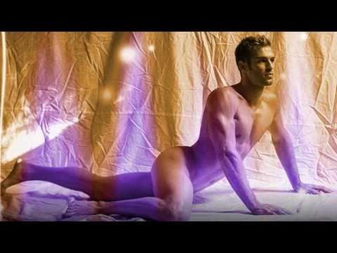 Miami Levi AKA Levi Poulter Slide show 2010 (видео)