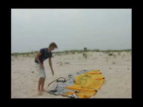 Kitesurfing - This video will teach you the basics of kitesurfing!! Second part is http://www.youtube.com/watch?v=Y7yg2jVl35c If you want to take real lessons in San Franc...