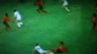 Dino Zoff kassiert Tor gegen Haiti (1974)