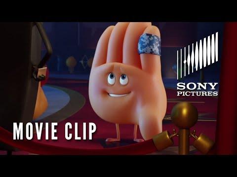 The Emoji Movie (Clip 'He's a Knucklehead')