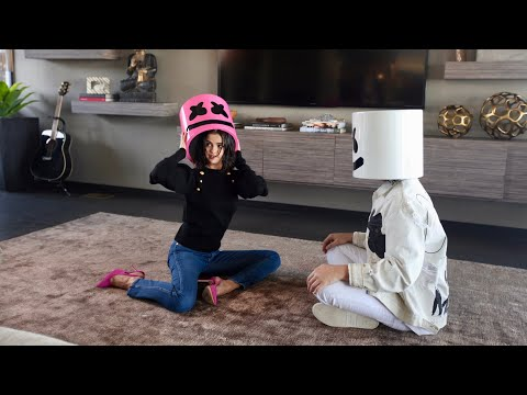 Selena Gomez x Marshmello - Wolves (Official Vertical Video) - Thời lượng: 3 phút, 42 giây.