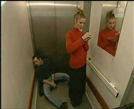 Un gars une fille dans l 39 ascenseur studiodrague for Un gars une fille leognan