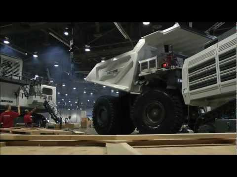 Video Massive Liebherr T-284 dumptruck being moved download in MP3, 3GP, MP4, WEBM, AVI, FLV January 2017