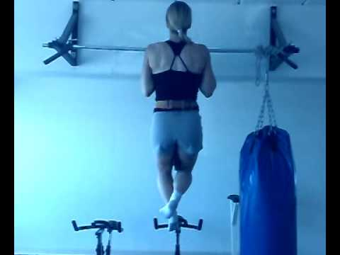 Assisted Chin Up. Chin-ups are thought to build