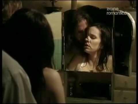 clara e coraje hacen el amor - Varias escenas de amor entre Clara y Coraje.