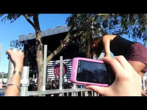 Girl Wedgies Herself ( In Short Shorts ) At A Concert On A Fence