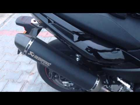 Tmax_530 - Yamaha Tmax 530 ABS 2013 + Akrapovic (Video recorded by iPhone 5)