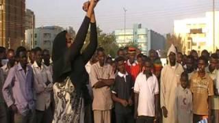 Video قرفنا السودانية تجربة اعتقال يفشلها الجماهير MP3, 3GP, MP4, WEBM, AVI, FLV Juli 2018