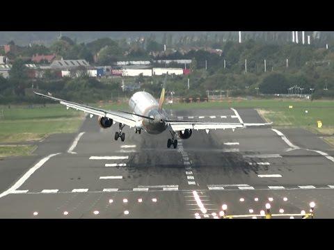 這位機師嘗試在側風降落失敗後讓所有人「心臟漏跳一拍」,接著鏡頭拍下的第二次嘗試過程太驚險了!