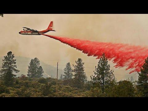 Μαίνονται ανεξέλεγκτες οι πυρκαγιές στη βόρεια Καλιφόρνια…
