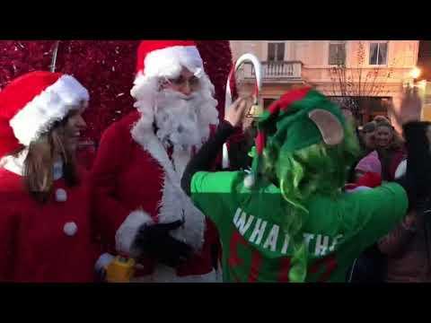 Wideo1: Rozświetlenie choinki na rynku w Gostyniu