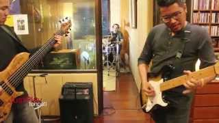 Download lagu Andre Dinuth Just Play Southern Departure Mp3