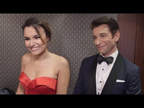 The Stars Of Pretty Woman On '90s Fashion And Having Fun On Broadway