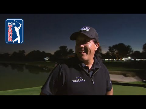 Phil Mickelson birdies 22nd ho …