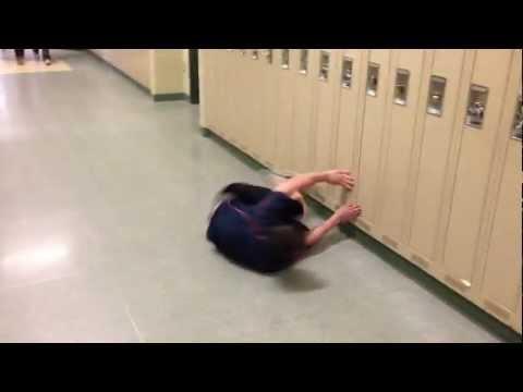 Lite simmande i korridoren