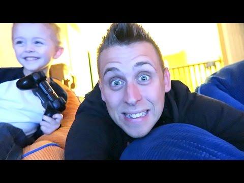 MP3 - Yesterdays Vlog - http://youtu.be/7TbdsNhpnhc TWITTER - https://twitter.com/romanatwood SNAPCHAT - RomanAtwood INSTAGRAM - @RomanAtwood Smile More Store- http://www.