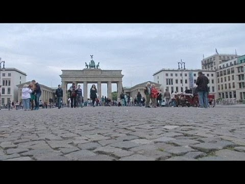 Yunan hükümetinin kararı Berlin sokaklarında yankı buldu