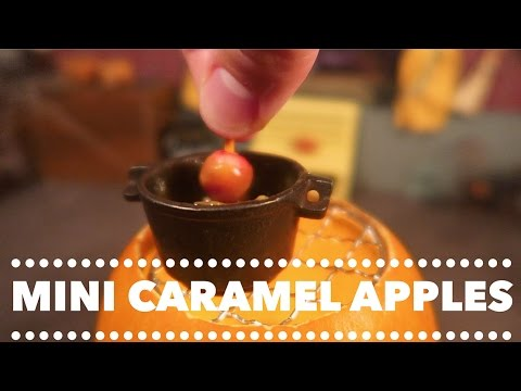 How to Make Mini Caramel Apples for Halloween