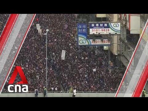 Video - Χονγκ Κονγκ: Χιλιάδες διαδηλωτές στους δρόμους για την Ημέρα των Ανθρωπίνων Δικαιωμάτων
