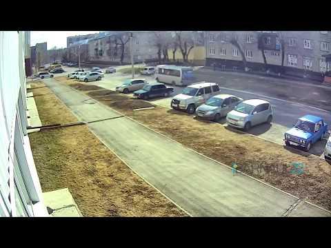 Авария в Барнауле на улице Глушкова