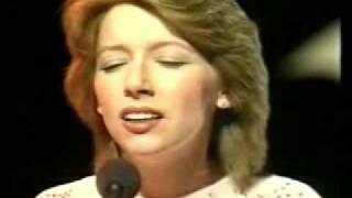Lena Zavaroni sings 'Lately'