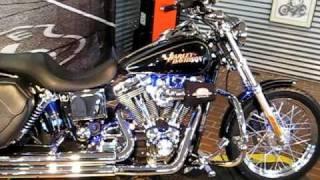7. 2005 Harley-Davidson Dyna Low Rider FXDL Black