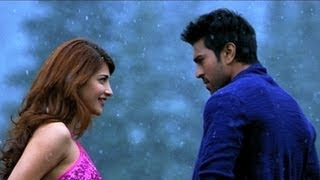 Shruti Hassan Saree Look In Yevadu Movie