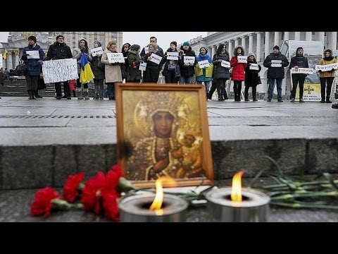 Ukrayna'da roket saldırısında en az 30 kişi öldü
