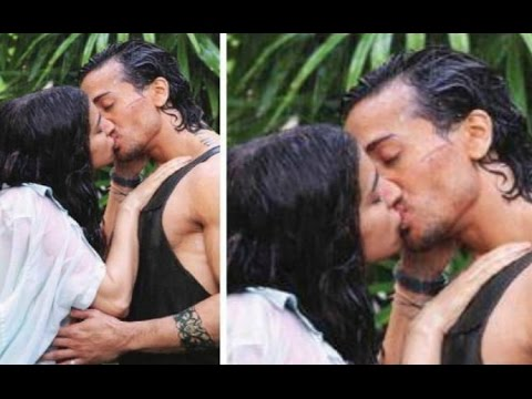 Shraddha Kapoor Kissing Tiger Shroff In Baaghi A Rebel For Love Movie 2016