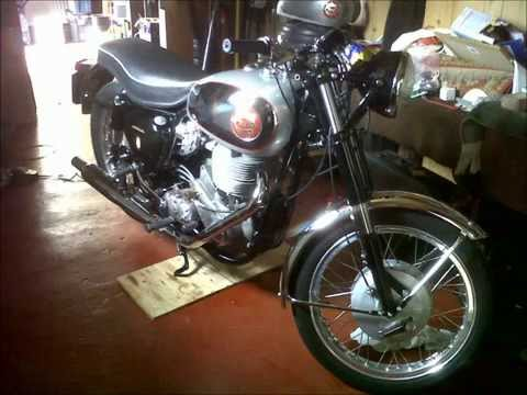 MyLemonking - jacks totally restored bsa goldstar 550cc classic motorbike. racing parts now taken off. parts kept.