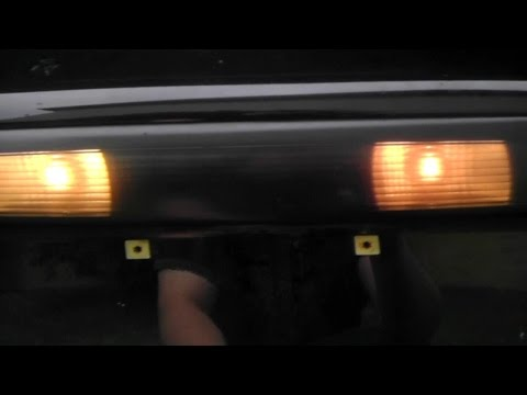 04-08 Pontiac Grand Prix – How to replace Reverse Lamps & License Plate Lamps