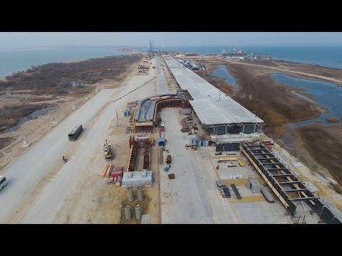 Крымский мост строится сопережением графика