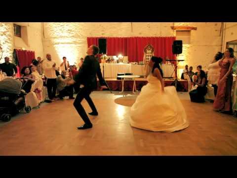A Primeira dança?! Essa foi bem Original!