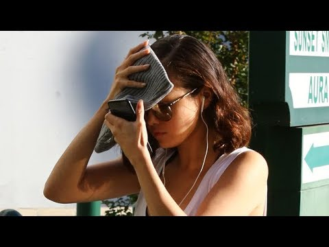 Selena Gomez Feeling Camera Shy At Pilates Class